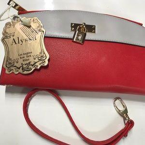 Alyssa cutch wallet